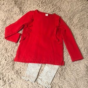 Girl's Carter size 7 outfit like new